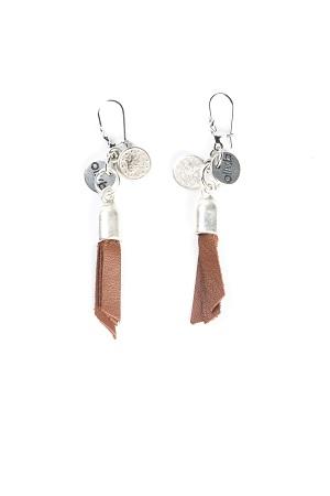 boucles-oreilles-pompon-cuir
